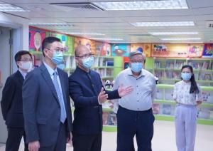 教育局局長楊潤雄到訪本校了解推展國安教育的情況